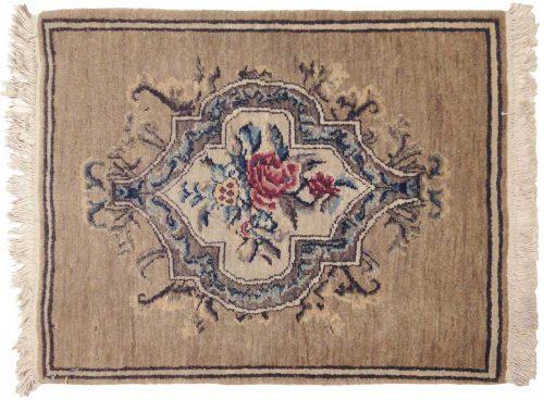 2×2 European Ivory Oriental Rug 020520