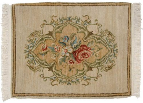 2×2 European Ivory Oriental Rug 020521
