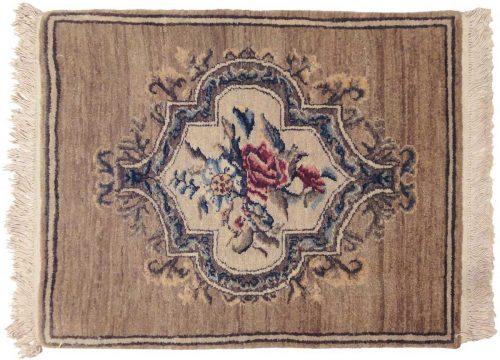 2×2 European Ivory Oriental Rug 020522