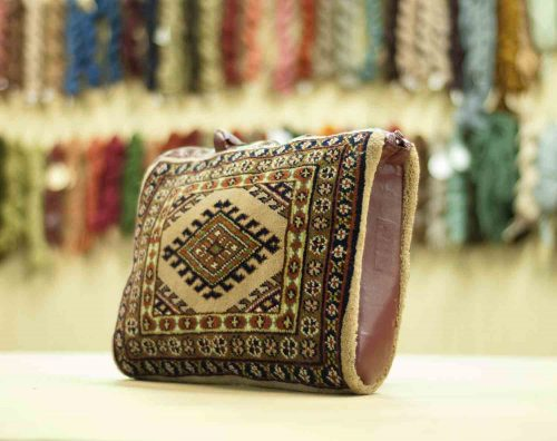 1×1 Turkman Beige Oriental Carpet Bag 033369
